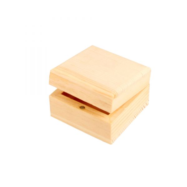 Holzkiste mit Magnetverschluss, ca. 6 x 6 x 3,5 cm